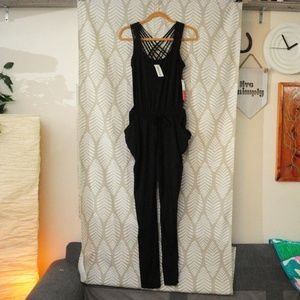 NWT Sexy & Comfy Medium Black Jumpsuit w/ Pockets!